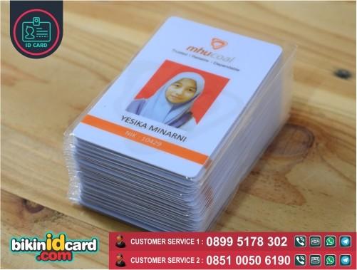 cetak kartu tanda pengenal karyawan