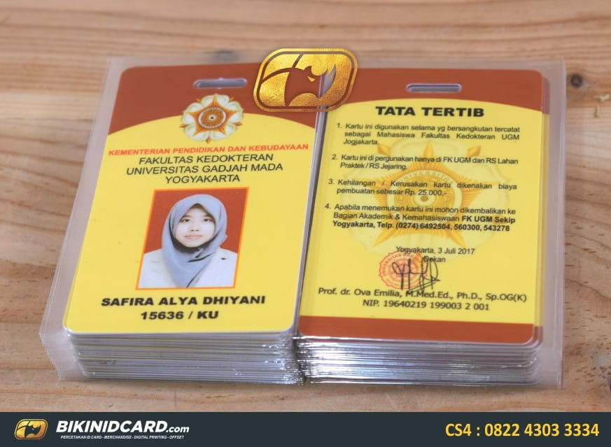 contoh id card mahasiswa