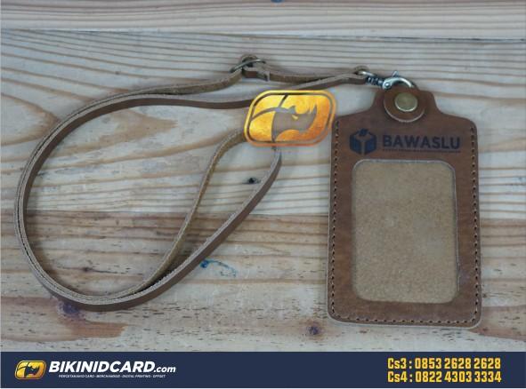 Tempat Id Card Kulit Magnet