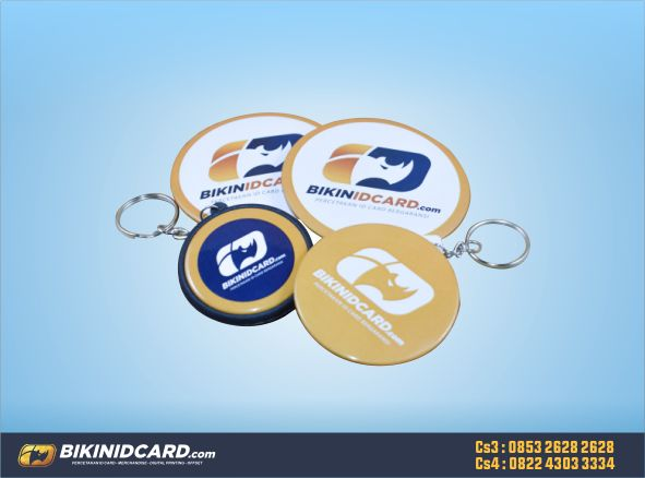 souvenir pin