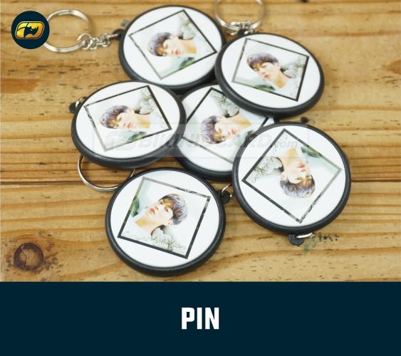 Pin Merchandise KPOP